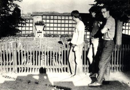 Vojaci CSLA u hrobu TGM